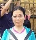 玲玲 is from China